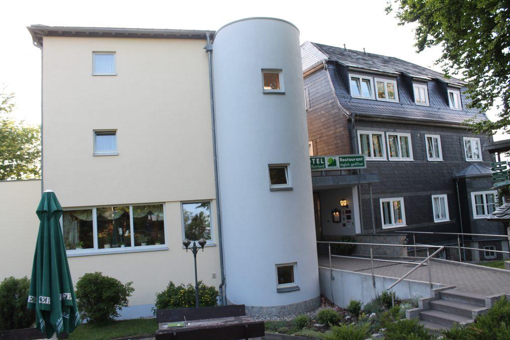 """Die Erlebnis-Basisstation im Thüringer Wald – das Hotel """"Haus Oberland"""""""